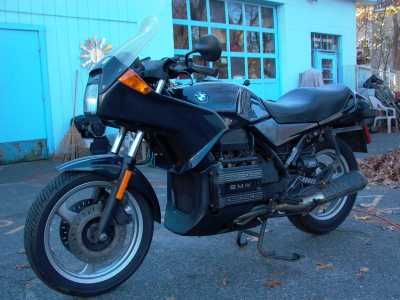 1992 BMW K75S motorcycle